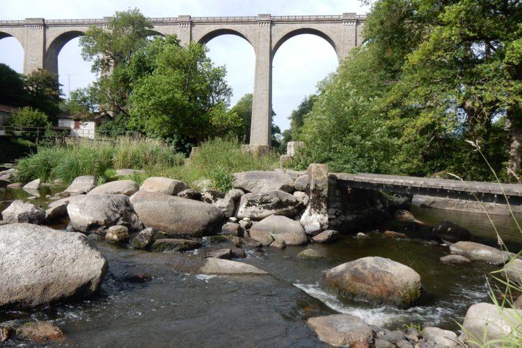 la Sèvre Nantaise - Maintien du patrimoine historique (Pont de Barbin)